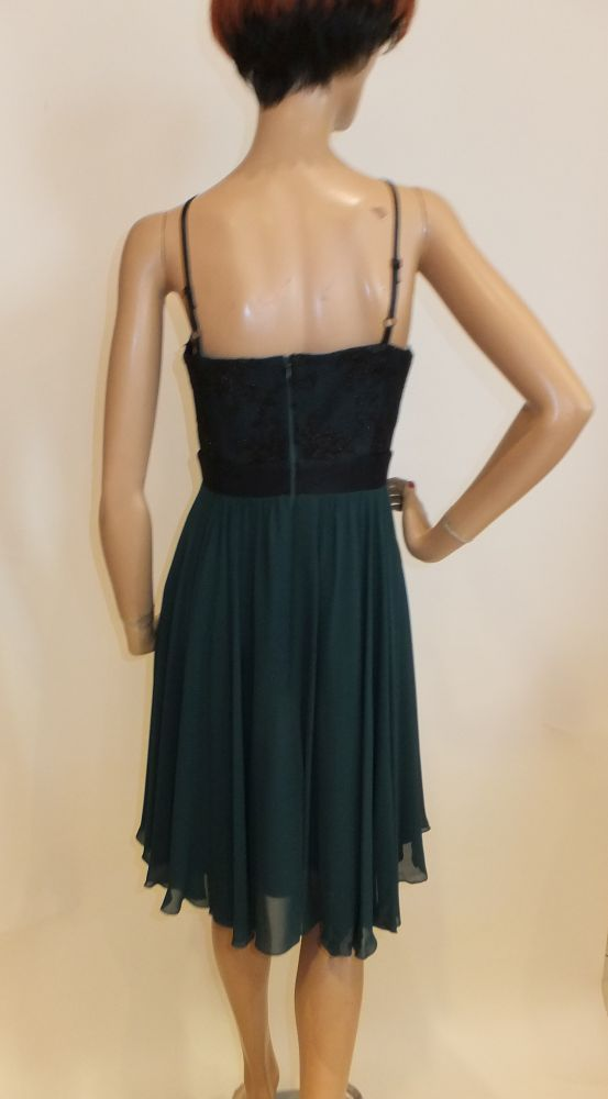 7747SK9 Kleid smaragdgrün Gr 40