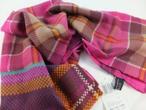 5421PS3p Tuch kariert pink-violett