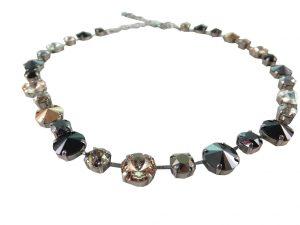 8115PH9 Halskette mit hochwertigen Glaskristallen schwarz-kupfer Mix