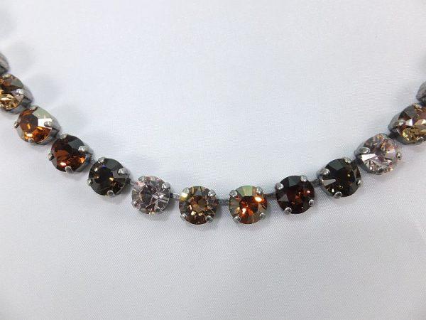 3026PH3D Halskette braun