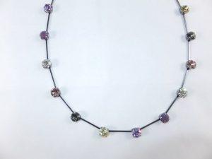 3025PH4A Halskette violett-gelb-rose-grau