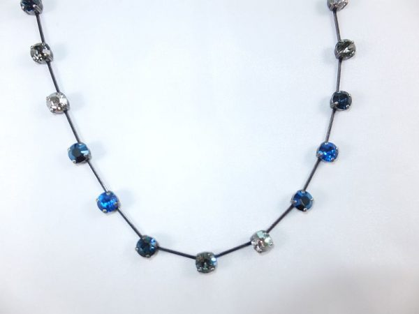 3025PH8B Halskette in Blautönen